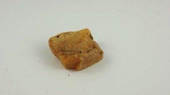 bursztyn bałtycki surowy naturalny koniak surowiec